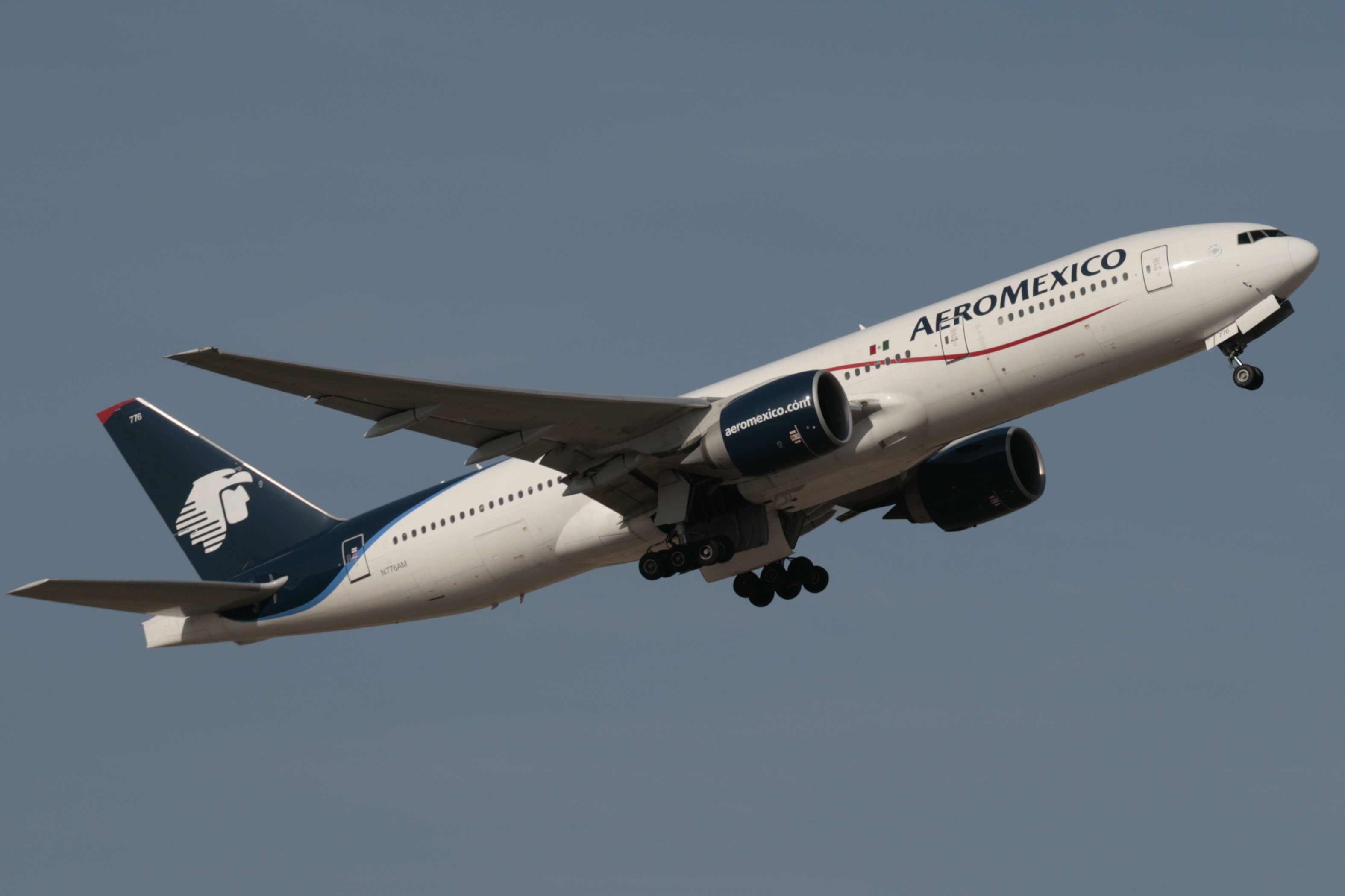 avion-Aeromexico4