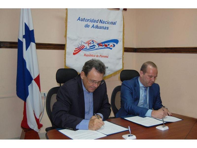 Firman convenio contra delitos en puertos paname os for Convenio oficinas y despachos tenerife